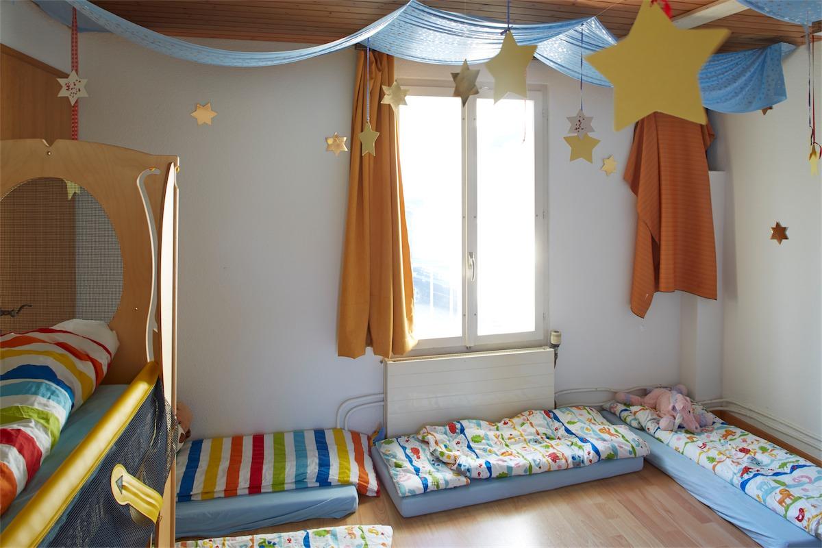 Schlafzimmer Gruppe Violett